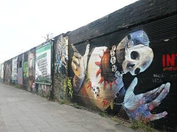 Berlin Wall Art 19